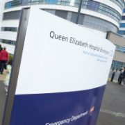 Picture by www.edwardmoss.co.uk All rights reserved NEWS@QE Hospital Walk to work